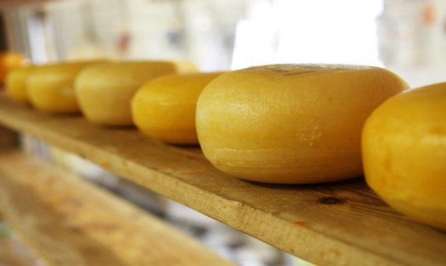 Primero fue la guerra de los quesos, ahora parece que será de los quesos...