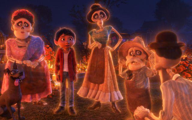 Fans aseguran que el parecido de ambos personajes es tan grande que seguro murió en Toy Story y se fue al mundo de los muertos en Coco